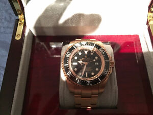 Swiss rolex, brand new, comes with the box