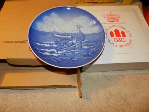 """Bing Grondahl B&G VIKINGERNE THE VIKINGS #9210 Plate 9"""" Made in Denmark"""