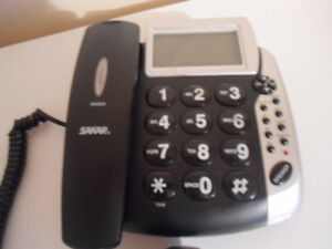 Phone With Large Buttons