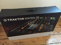 Native Instruments Traktor Kontrol S8 - + Software (Brand New)