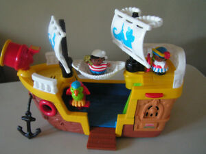 Bateau de pirate Little People de Fisher Price