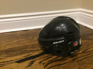Bauer certified hockey helmet 2100 JR