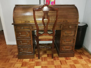 Antique roll top desk with chair