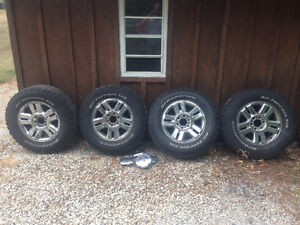 Ford f 150 rims and tires 285-65-18 2004 and up