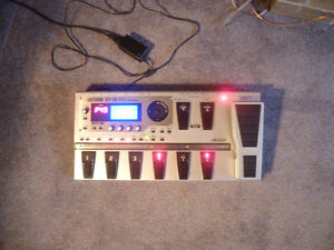BOSS - GT-10 | Guitar  Multi - Effects Processor London Ontario image 2