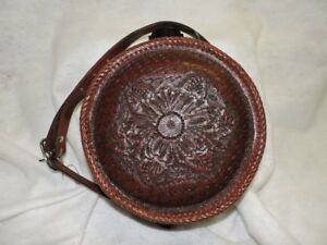 LEATHER GIFTS AND TACK