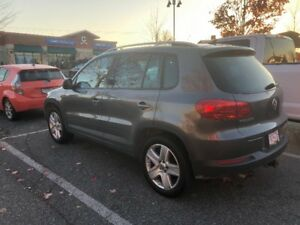 2014 VW Tiguan AWD - excellent condition!