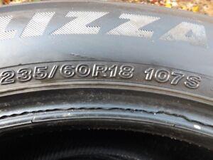 pneus d'hivers 235-60-18 bridgestone blizzak DM-V2 comme neuf