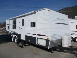 2006 STARCRAFT 26 FOOT WITH BUNKS
