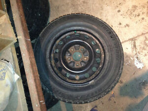 215/65-16 Bridgestone Blizzak revo1 winter tires