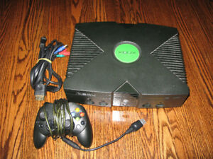 Original XBOX with cables and controller - RETRO System