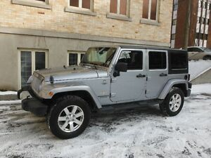 Jeep Wrangler Sahara Unlimited 2013 4x4 , 2 toits