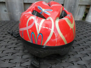 Red Childs Bike Helmet (Ages 7 to 9)  47 - 53cm Kitchener / Waterloo Kitchener Area image 2