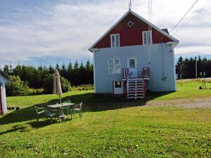 Maison québécoise confortable centenaire (fermette)