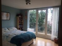 NICE DOUBLE ROOM FOR RENT NEXT TO PLAISTOW STATION £150pw