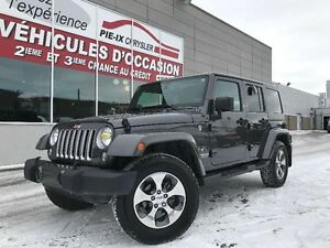 Jeep Wrangler Unlimited 4WD 4dr Sahara+NAV+2 TOIT+WOW! 2016