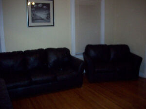 NOW AVAILABLE FURNISHED ROOMS - UNIVERSITY/COLLEGE STUDENTS