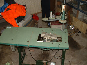 Rimoldi 4 or 5 thread industrial serger