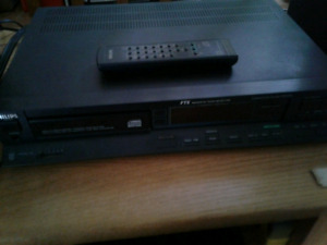 VINTAGE PHILIPS 473 CD PLAYER