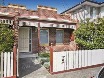 Modern house in beautiful Yarraville
