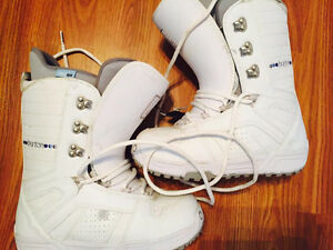 Burton Ladies Boarding Boots Size 8