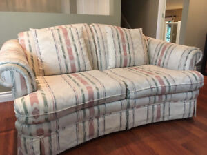 Downsizing - Even our sofa and loveseat have to go