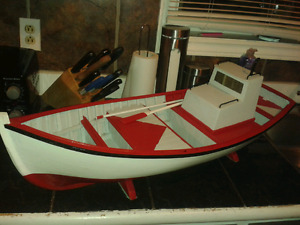 "32"" wooden boat"
