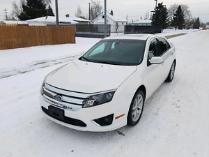 2010 Ford Fusion SEL Fully Loaded w/Low Kms +Starter! Only $7300
