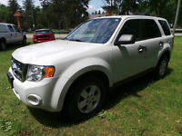 2011 Ford Escape XLT, 2.5L 4 CYL, AWD
