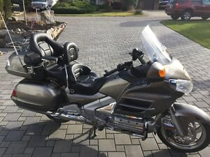 2008 GL 1800 Gold Wing, Airbag, GPS