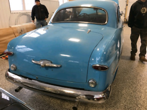 1949 ford  2door  coup. Excellent cond