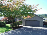 Professionally renovated 3100 sq ft home ideally located $394000