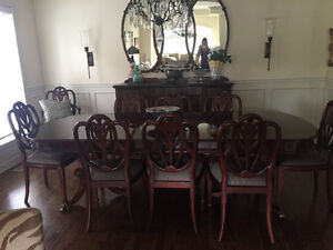 Dining Room Table + 10 Chairs **LIKE NEW**