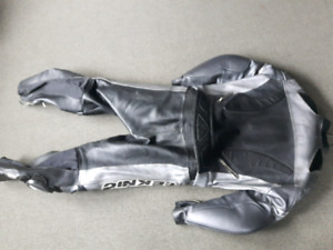 2pc Teknic motorcycle leathers