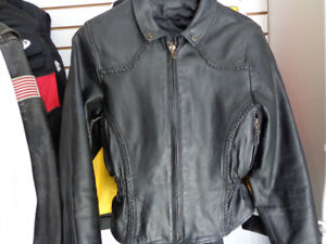 Leather Jacket women's extra small   recycledgear.ca