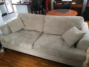 Two-seat couch in good shape