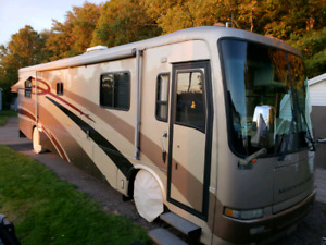 2001 Mountain Air Motorhome