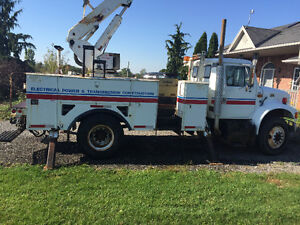 1997 IHC 4900 48ft works perfect ONLY $9995 London Ontario image 2