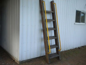 CHILDREN'S PLAY GROUND OR TREE FORT STEP LADDER $55