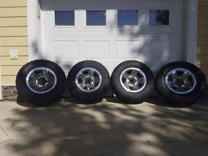 265/70R17 Winter Tires w Rims