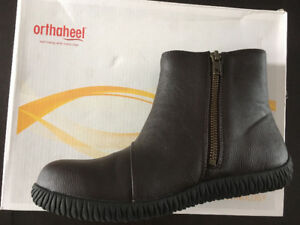 Orthaheel ankle boot