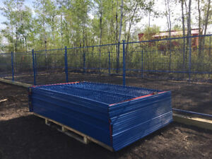 Brand New 6x10 Construction-Grade Fence Panels w/ Stands & Caps!