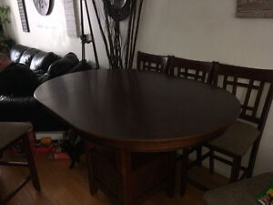Pub style table with leaf