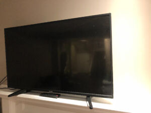 """Toshiba LED 43"""" excellent condition"""