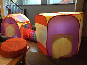Snap up toy pop up tent