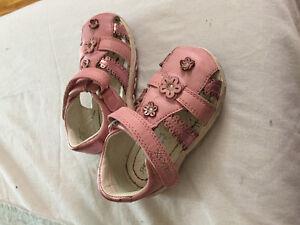 chaussures marque bébé fille