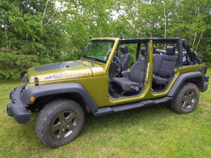 Summer fun in a jeep wrangler unlimited!!
