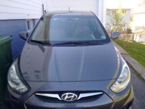 2012 Hyundai Accent sedan