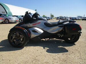 2013 Can-Am Spyder RS-S Low Kms   MOVING SALE