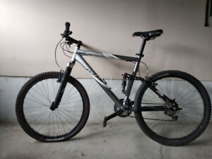 KHS X204 full suspension 26er